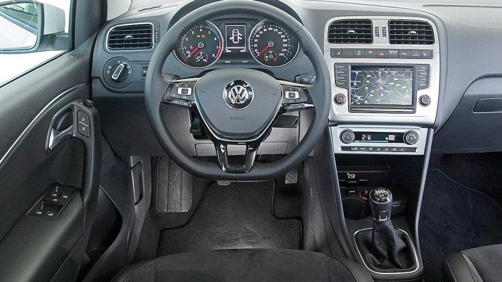 Volkswagen Polo estatica interior