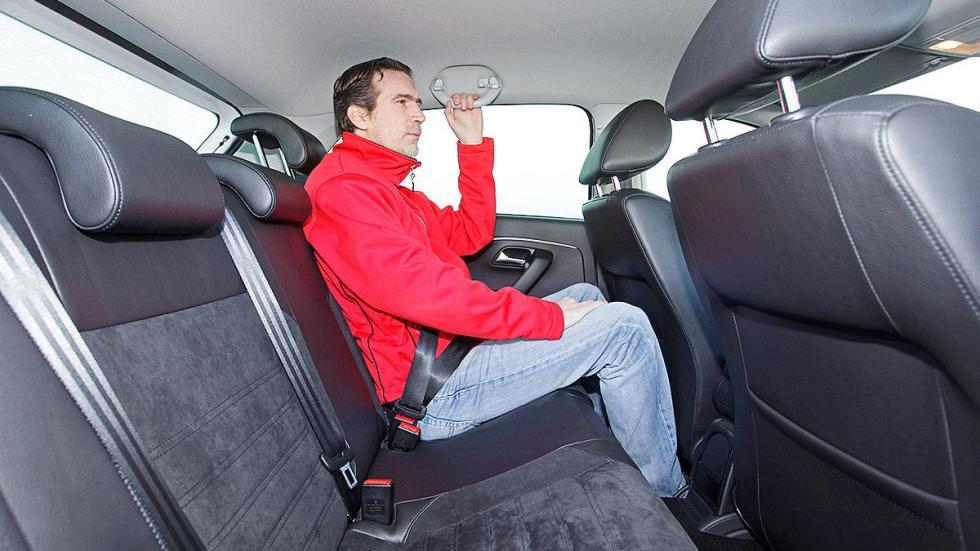 Volkswagen Polo estatica traseras