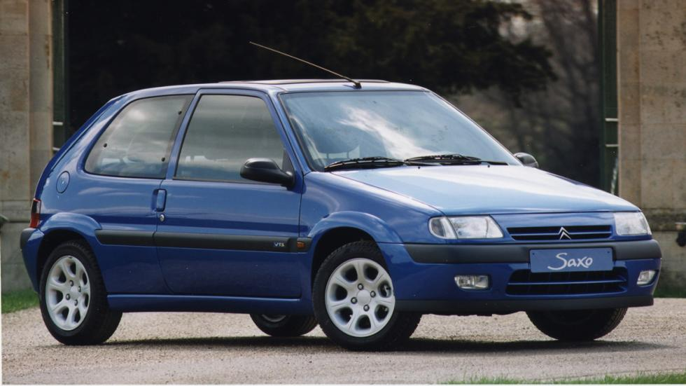 versiones-increiblemente-divertidas-coches-normalitos-Citroen-Saxo-VTS