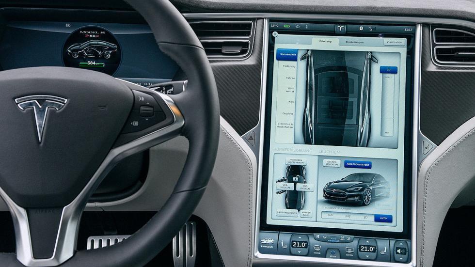Tesla Model S P85D pantalla