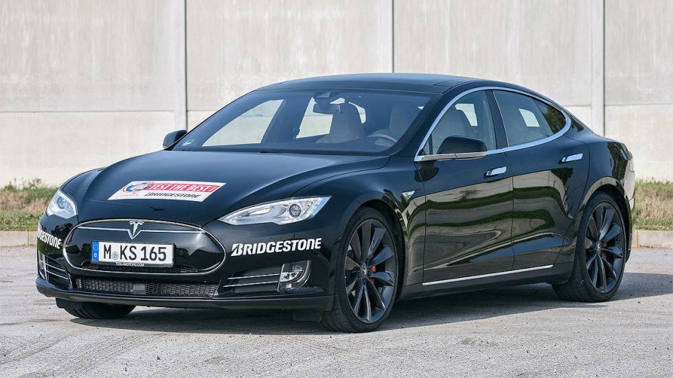 Tesla Model S P85D exterior