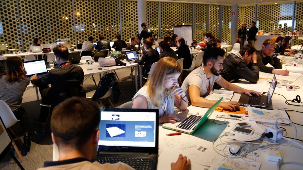 Imagen de los participantes en el evento Archithon en Barcelona 2