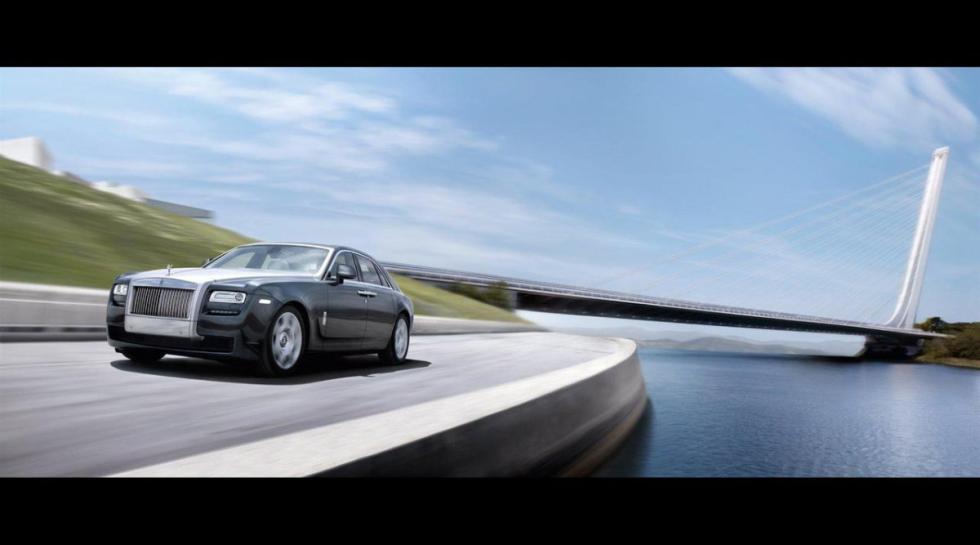 Rolls-Royce Ghost delantera