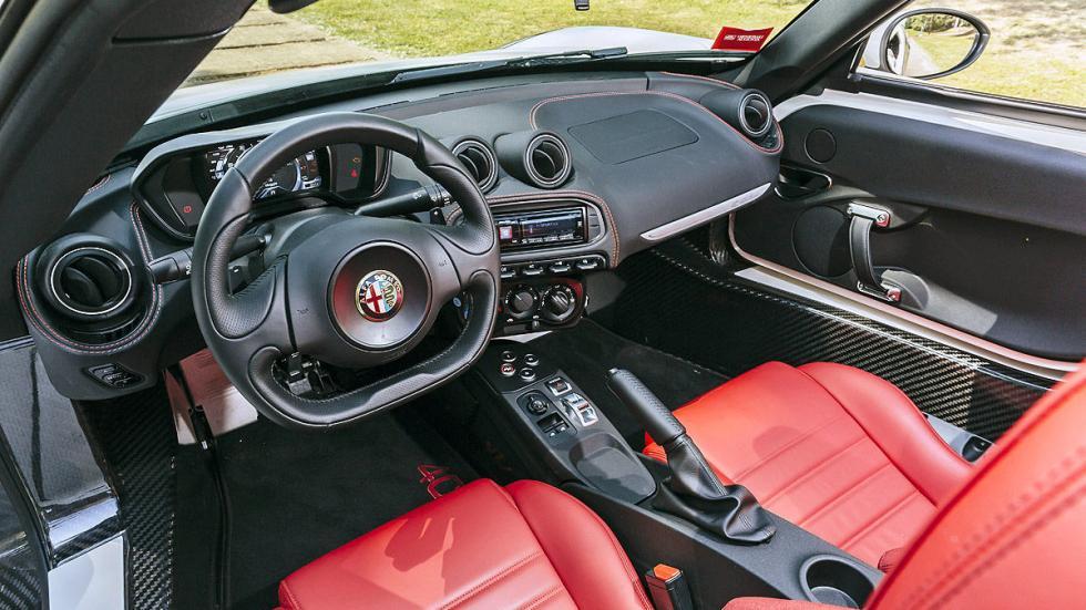 Prueba: Alfa Romeo 4C Spider detalle mandos digital asientos