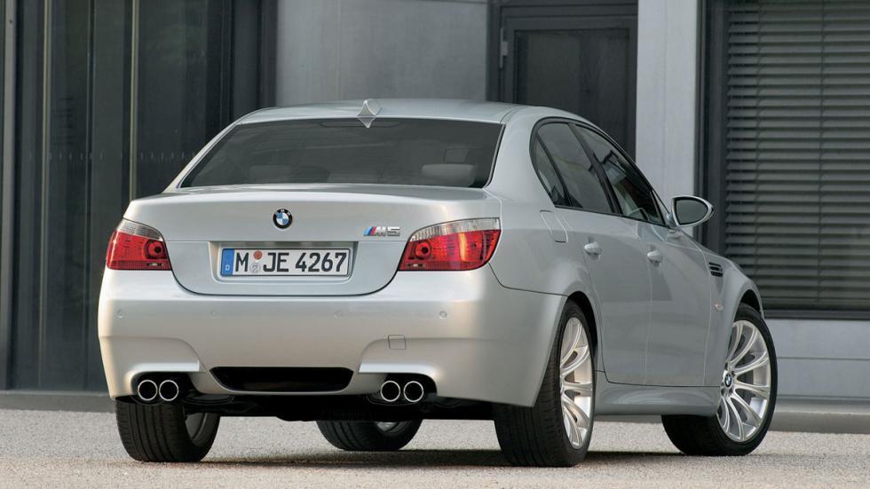 BMW M5 E60 trasera