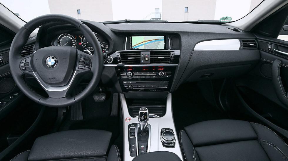 BMW X4 xDrive35i interior