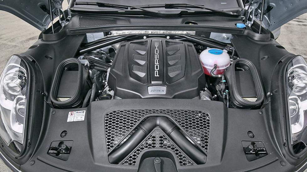 Porsche Macan S detalle motor