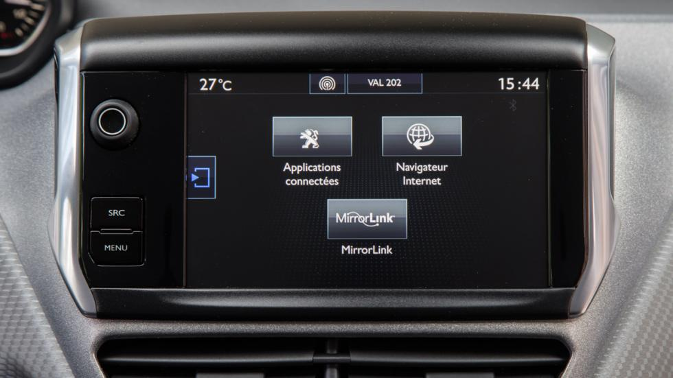 Peugeot 208 2015 pantalla