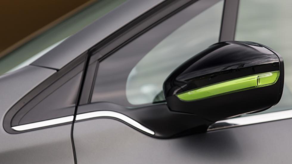 Peugeot 208 2015 retrovisores