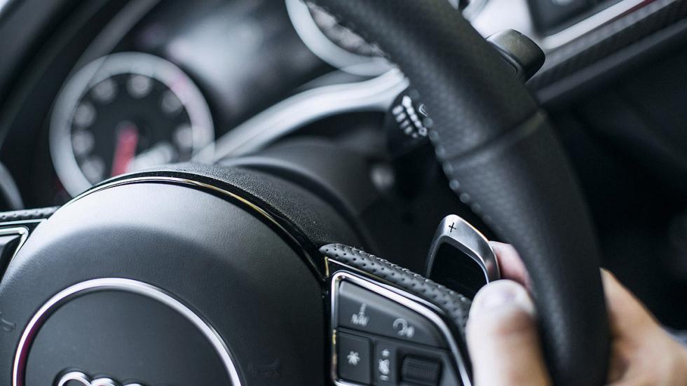 Prueba por el carril izquierdo: nuevo Audi RS 6 Avant lateral levas