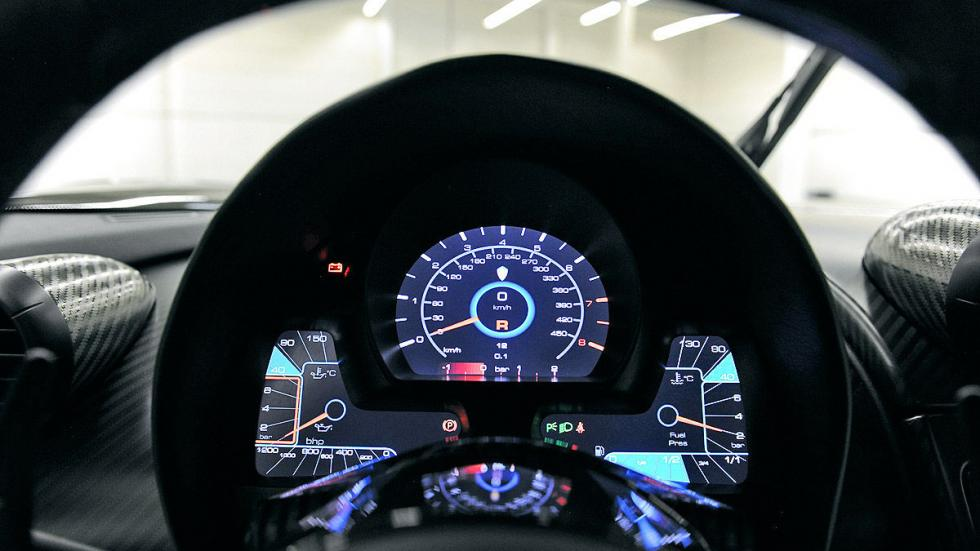 Koenigsegg One 1 interior