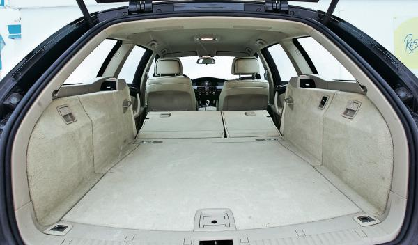 BMW 520d Touring maletero
