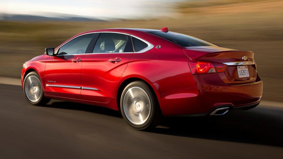 coches-traccion-delantera-mas-potentes-momento-chevrolet-Impala-zaga