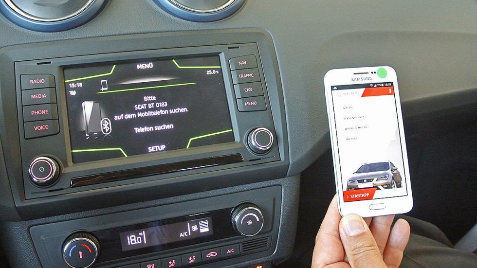 Prueba de Seat Ibiza 2015 estática conectividad