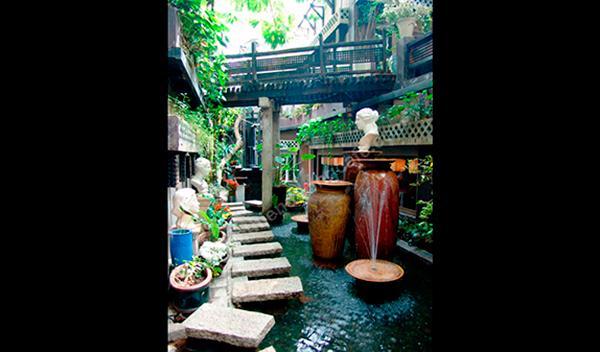 Jardín interior de Café Tram