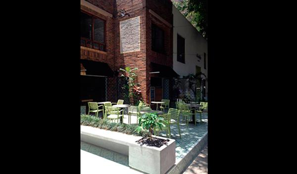 Exterior de Pergamino Café