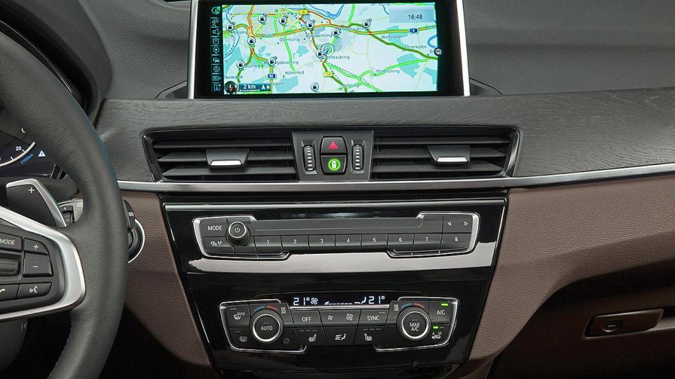 BMW X1 2016 pantalla.