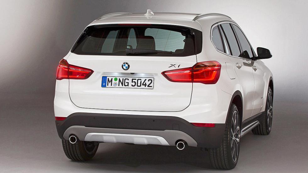 BMW X1 2016 zaga.