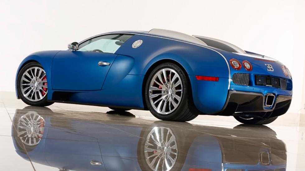Bugatti Veyron Bleu Centenaire lateral
