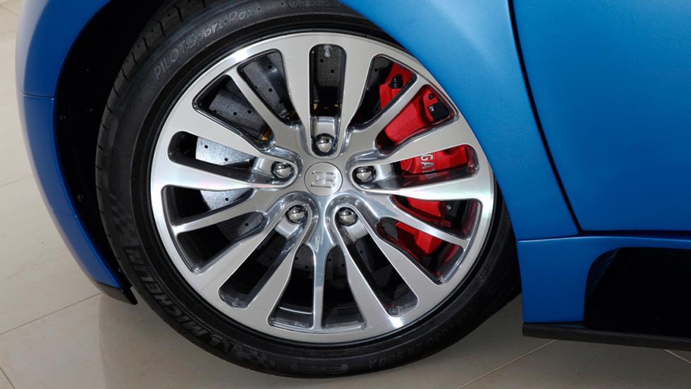 Bugatti Veyron Bleu Centenaire rueda