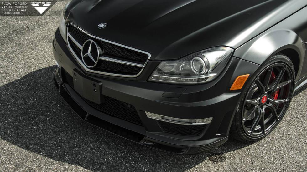 Mercedes C 63 AMG Vorsteiner pintura mate