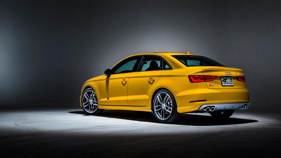 Audi S3 Exclusive Edition amarillo
