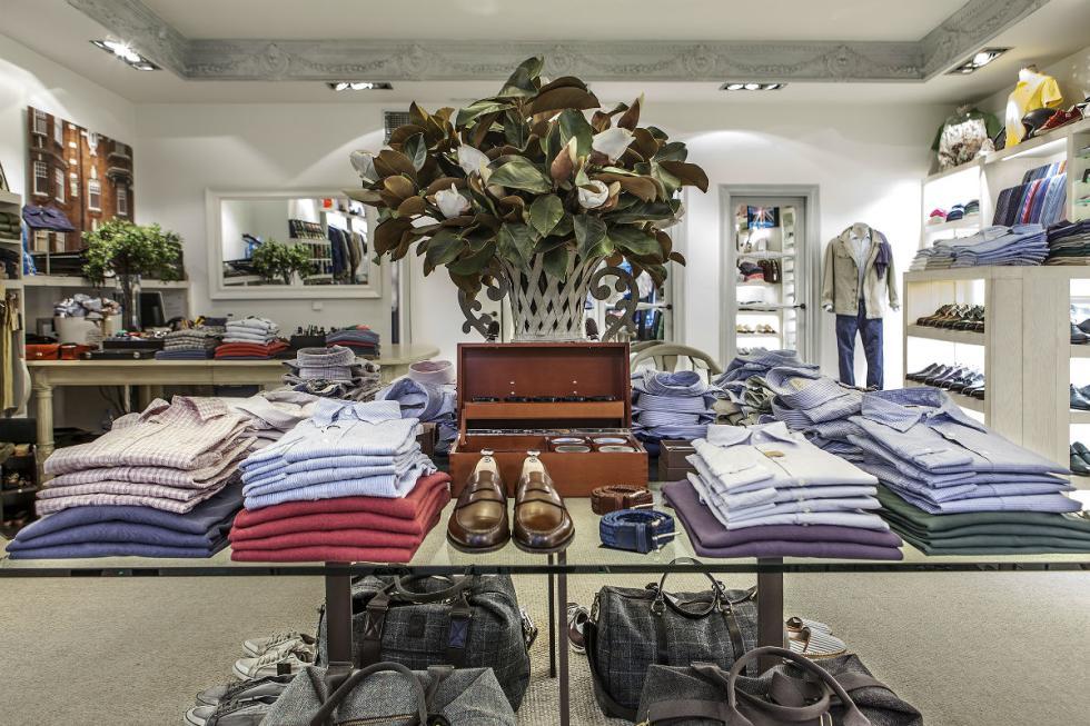 La tienda Fulham está en la calle Montesquinza, 36, Madrid