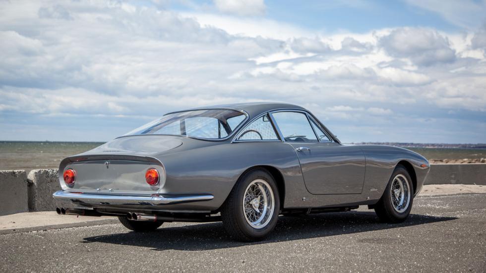 Ferrari 250 GT/L Berlinetta Lusso trasera