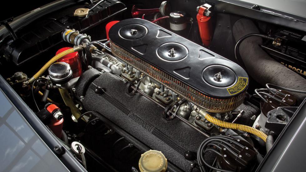 Ferrari 250 GT/L Berlinetta Lusso motor v12