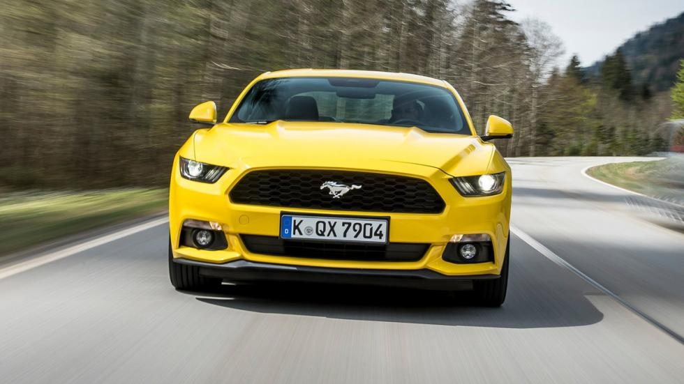 coches-motores-increibles-version-basica-ford-mustang