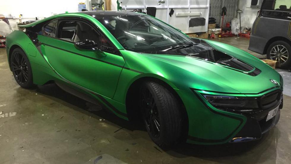 bmw-i8-vinilado-verde-mate-lateral