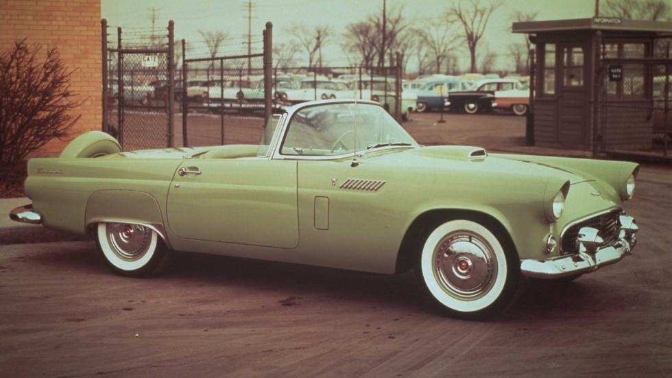 coches-clasicos-no-deberian-resucitar-Ford-Thunderbird-1955