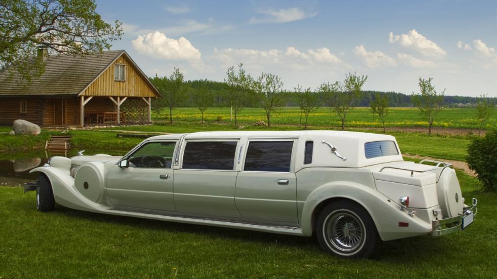 coche para bodas clasico viejo hortera