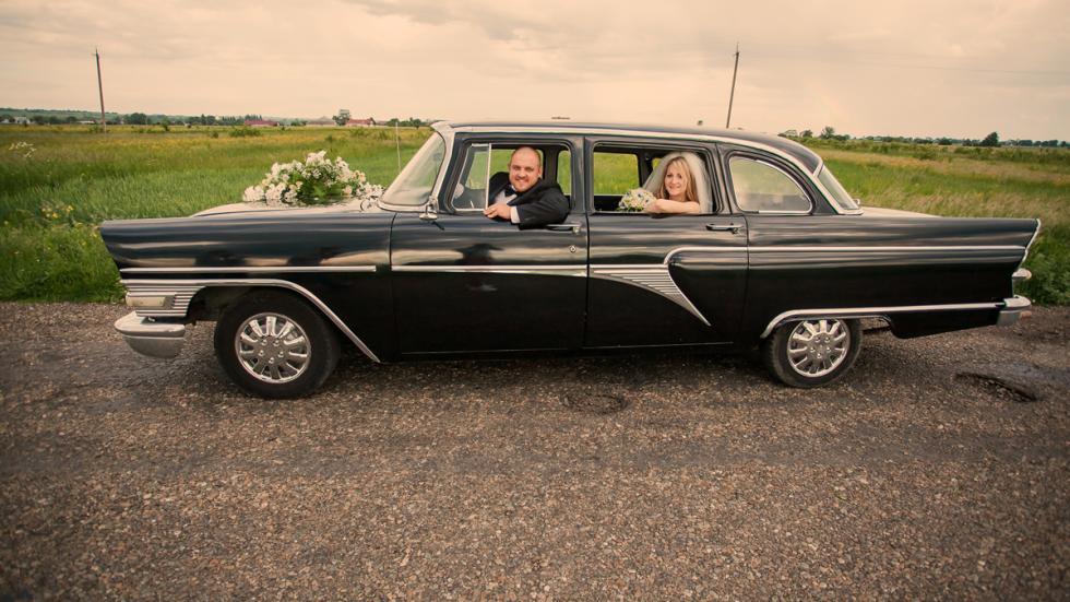 coche para bodas clásico negro