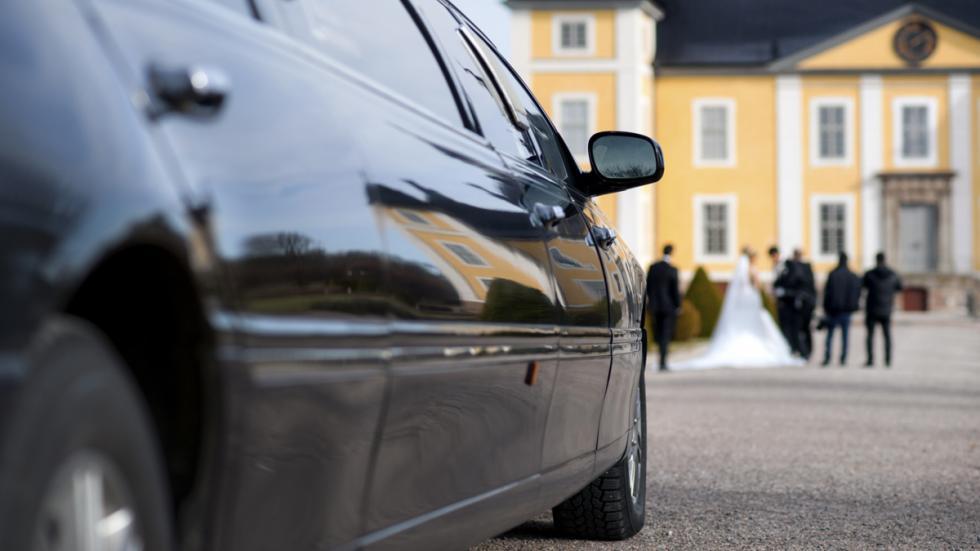 coche para bodas limusina negra