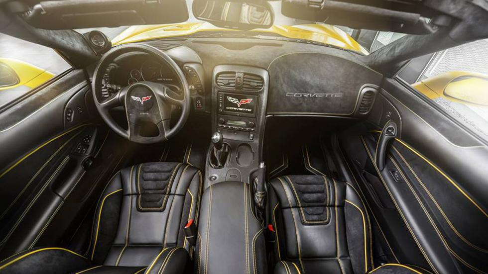 chevrolet-corvette-z06-carlex-design-salpicadero