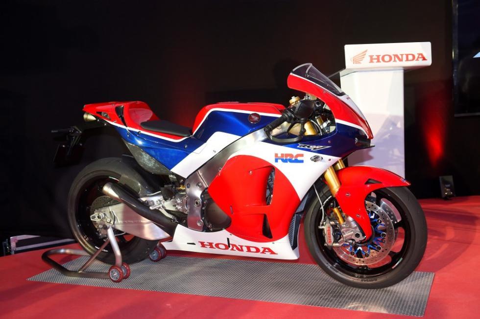 Honda RC213V-S. Perfil en la presentación.