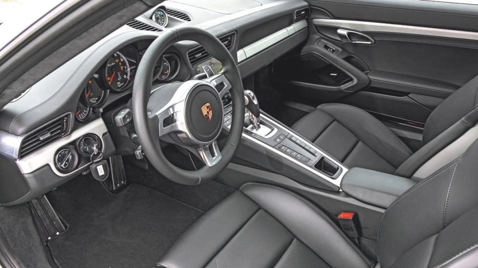 Porsche 911 salpicadero