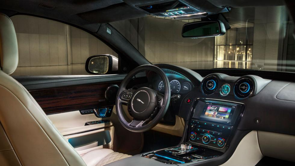 Jaguar XJ 2016 interior