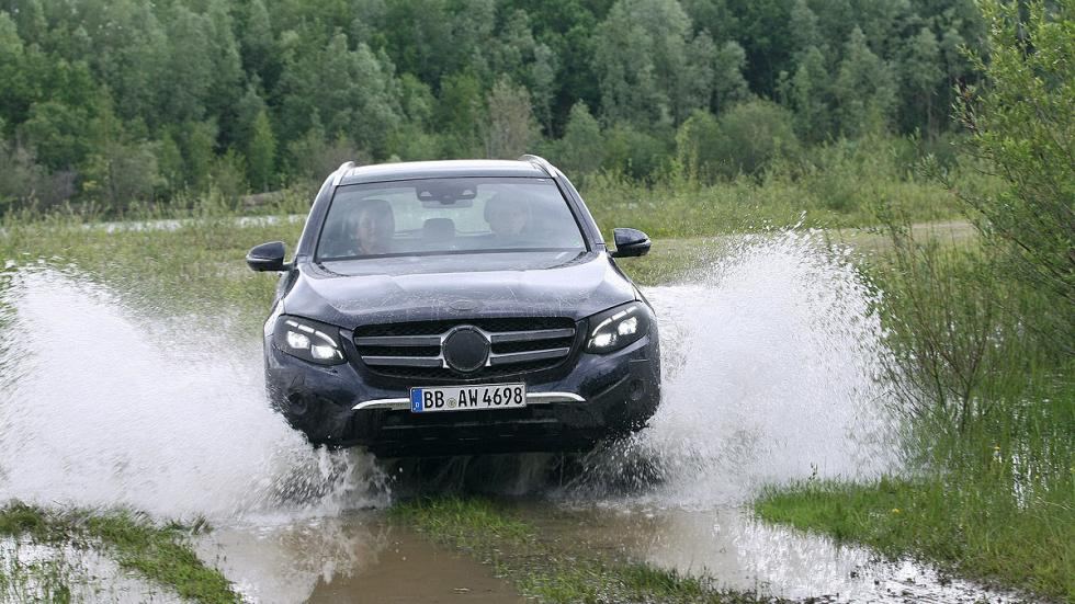 Mercedes GLC offroad vadeo