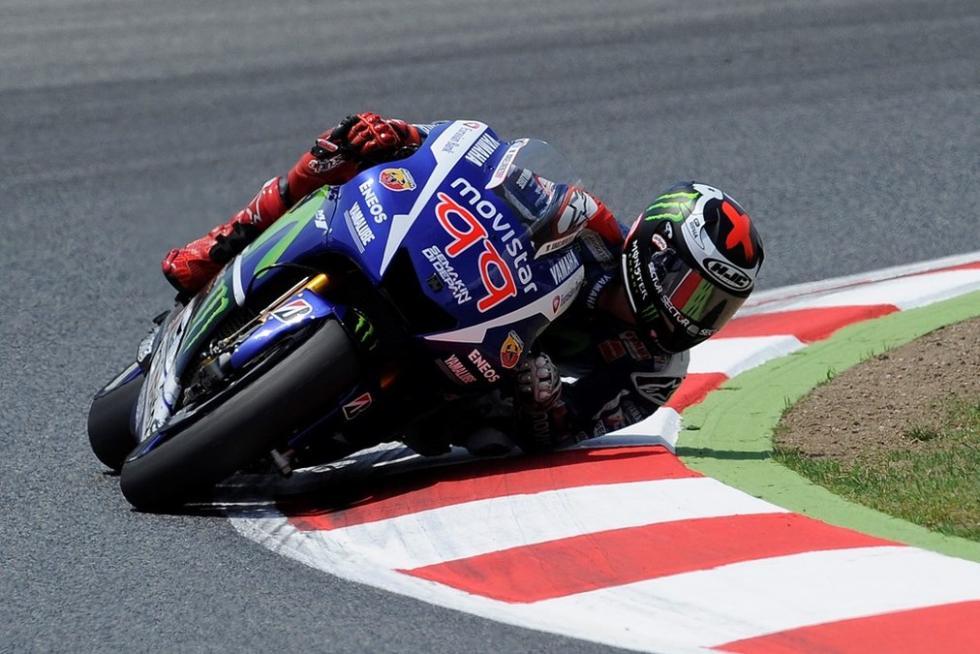 Jorge Lorenzo en GP Cataluña 2015  en curva