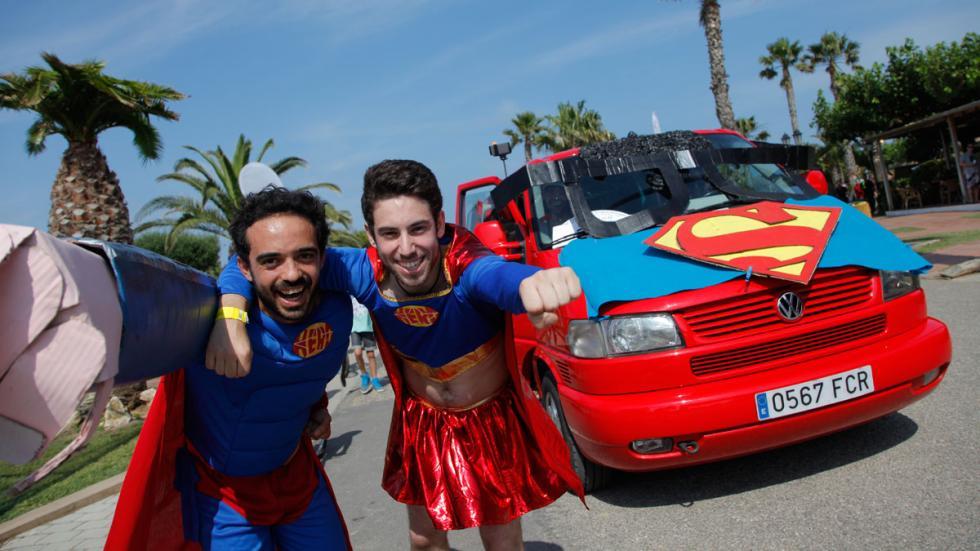 concentración furgonetas volkswagen 2015 superman