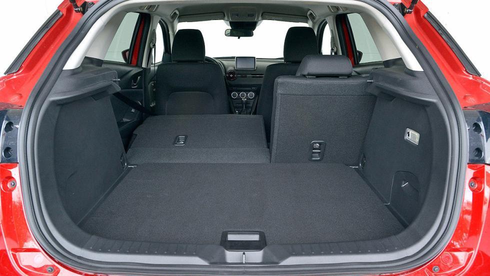 Mazda CX-3 estática maletero