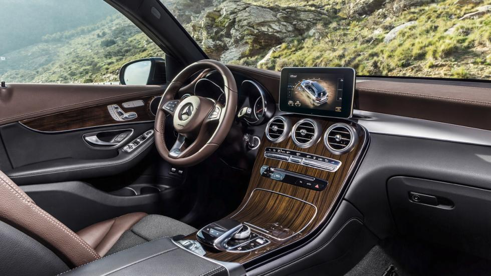 Interior del Mercedes GLC.