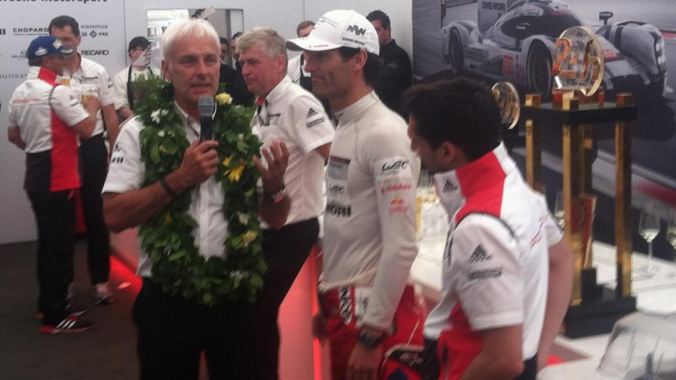 24-Horas-Le-Mans-2015-noria-llegada-Porsche-celebración