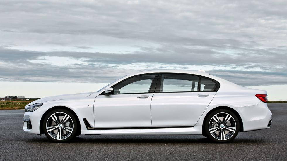 BMW Serie 7 paquete M lateral