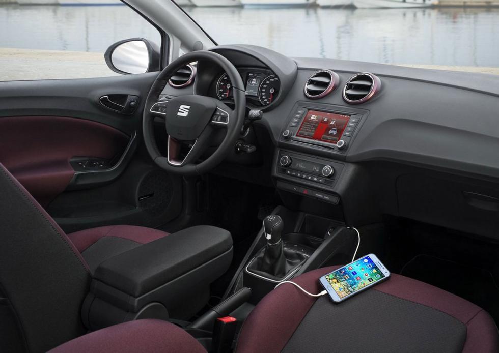 Sistema de conectividad del Seat Ibiza