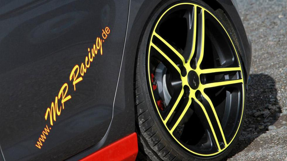 Volkswagen Golf GTD MR Racing llanta