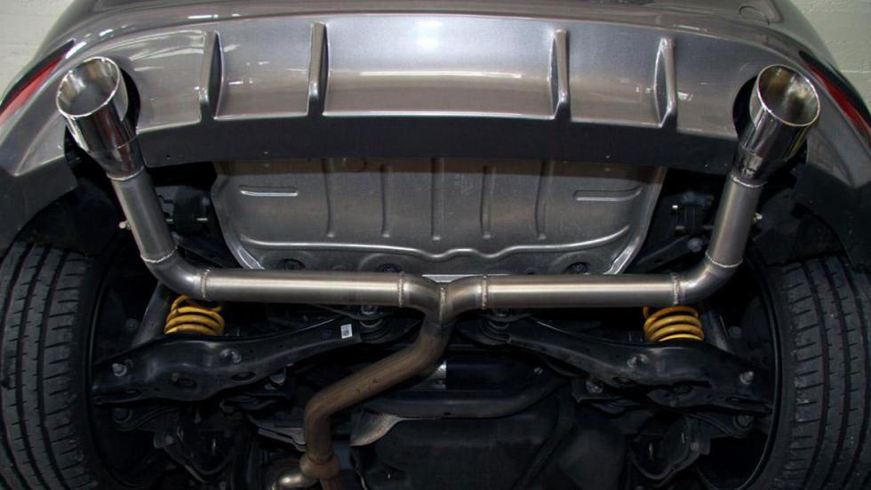 Volkswagen Golf GTD MR Racing escape