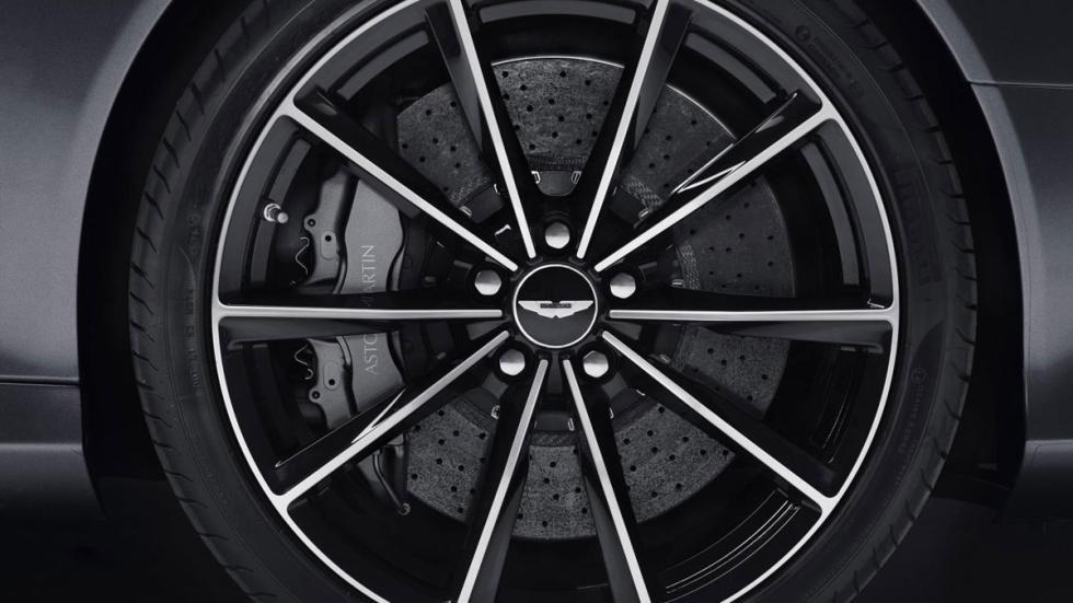 Aston Martin DB9 GT detalle